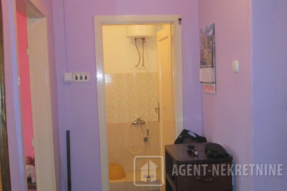 0, 1 kupatilo, 11000 evra, Garsonjera, 394