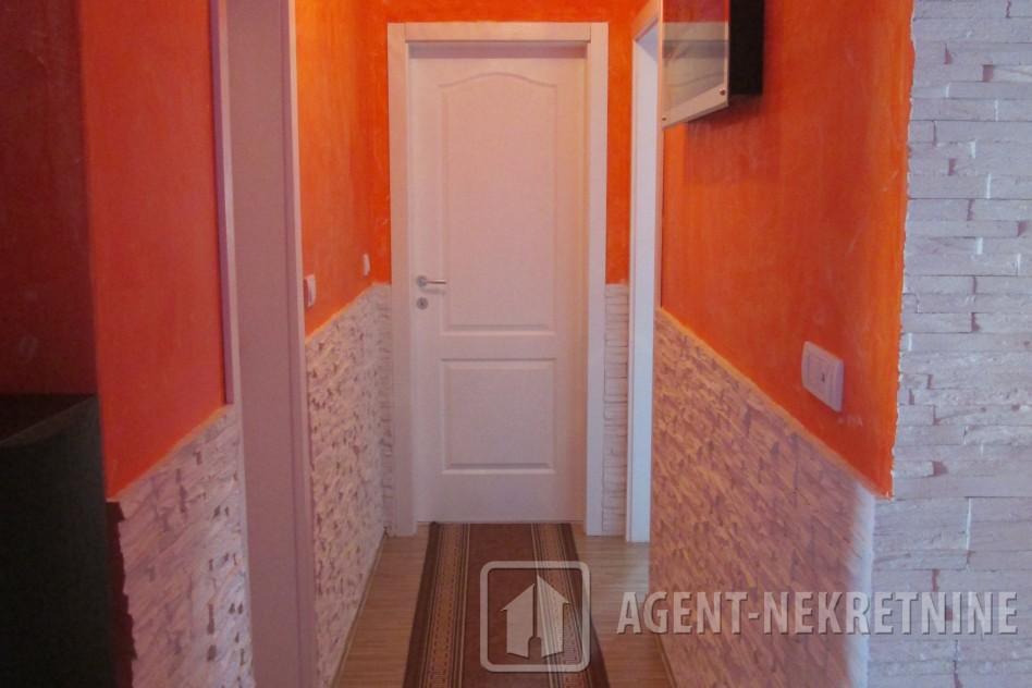 Jagodina, 1 kupatilo, 38000 evra, Trosoban, 494