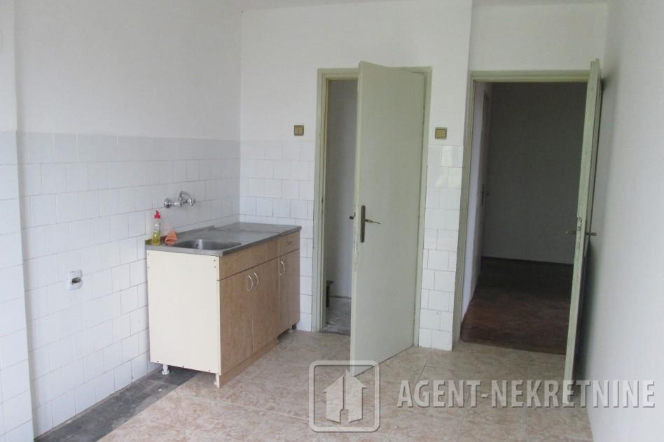 Jagodina, 1 kupatilo, 23000 evra, Dvosoban, 499