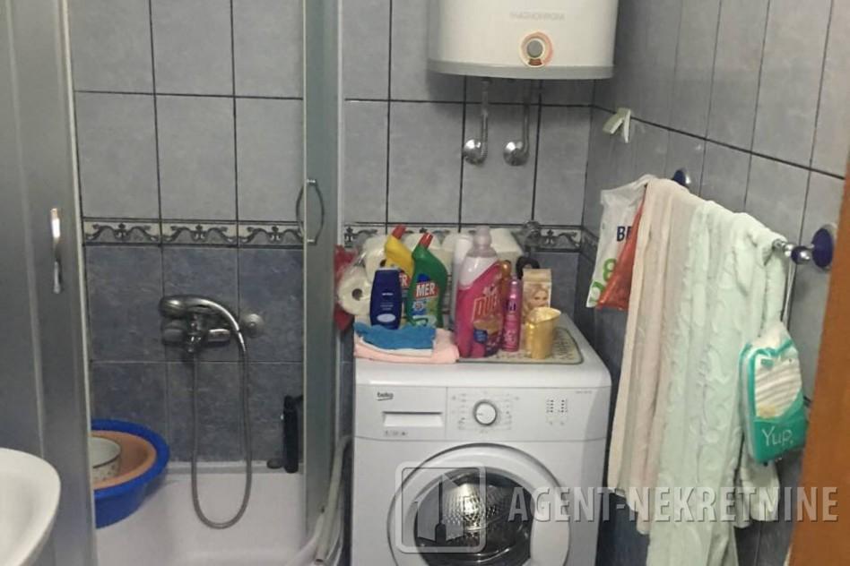 Jagodina, 1 kupatilo, 35000 evra, Trosoban, 537