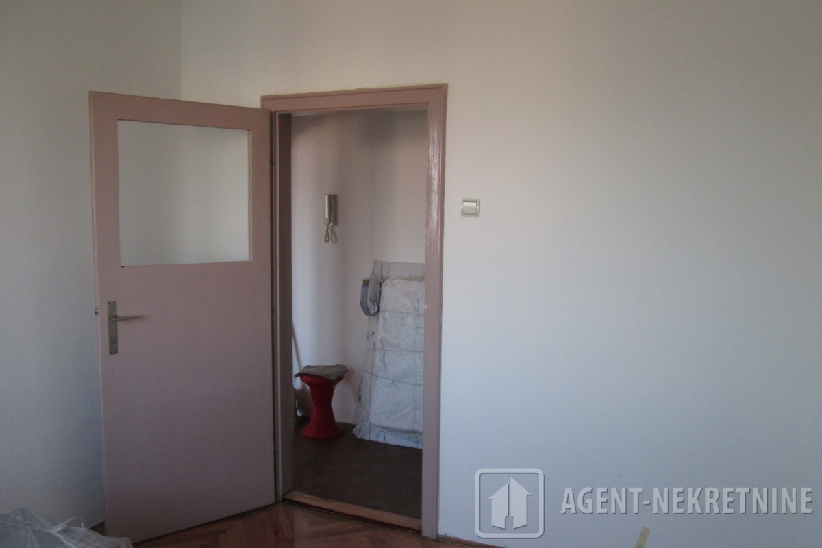 Jagodina, 1 kupatilo, 23000 evra, Jednosoban, 702