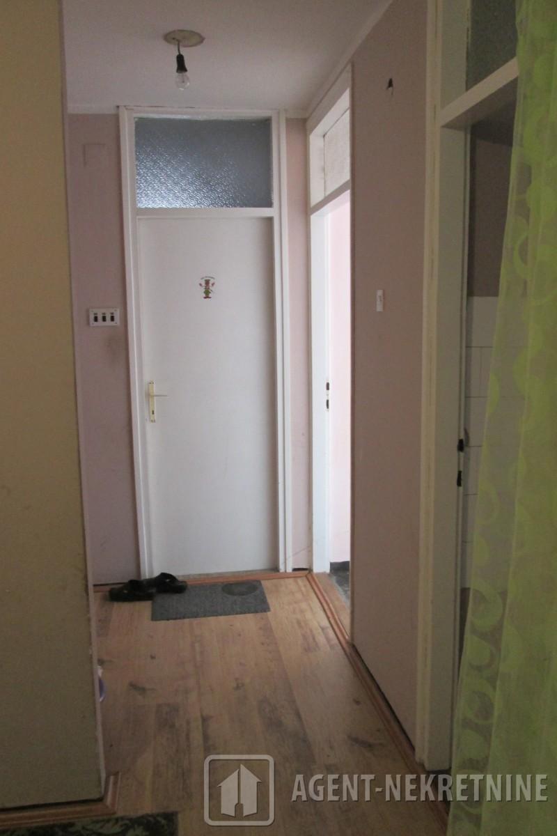 Jagodina, 1 kupatilo, 30000 evra, Dvosoban, 703